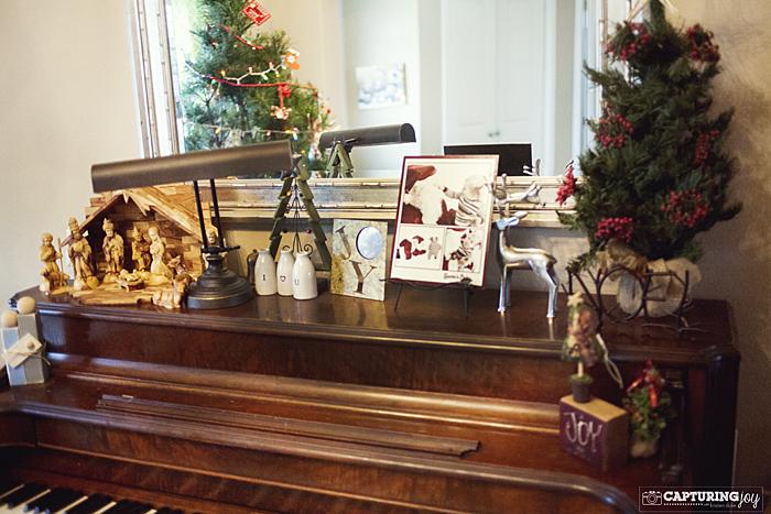 Decorating Ideas > Christmas Decor At My Home ~ 062026_Christmas Decoration Ideas Piano