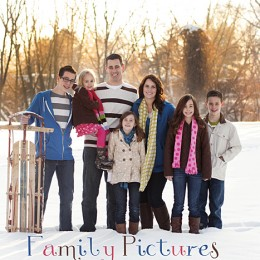 Family Pictures in the SNOW @Capturing-Joy.com