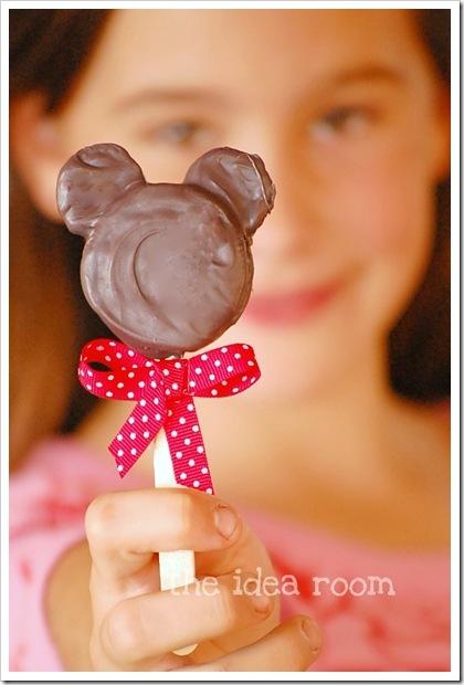 minnie-mouse-pops-disney
