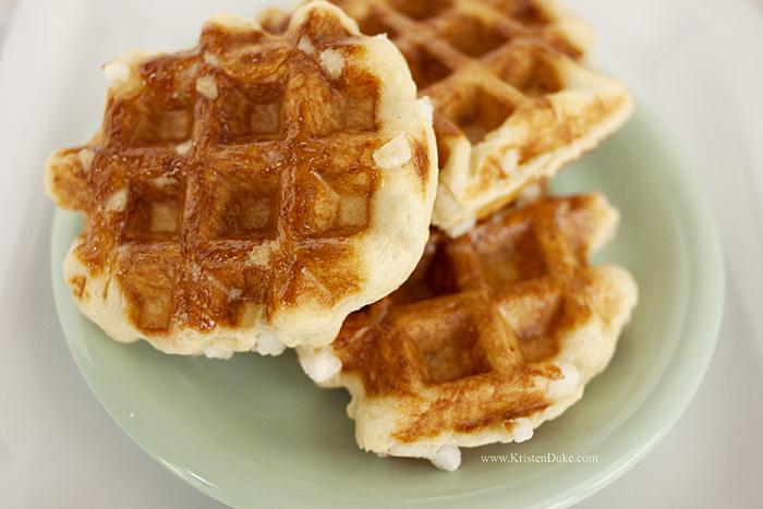 belgian waffles pearl sugar