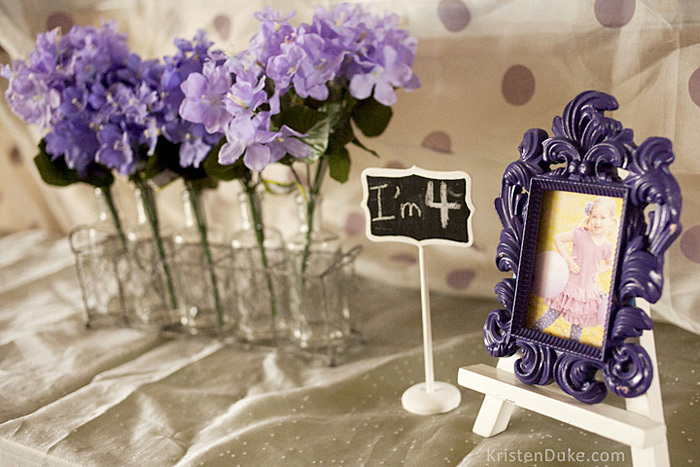puple picture frame