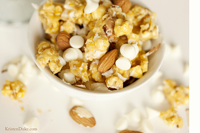 caramel corn with white chocolate and almonds