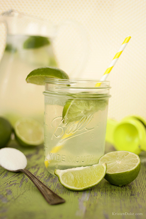 glass of fresh squeezed limeade