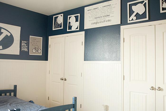 room on tripod photography