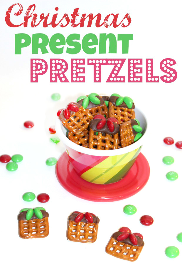 Christmas present pretzel treats