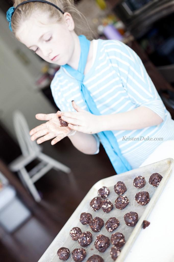 rolling cake pops