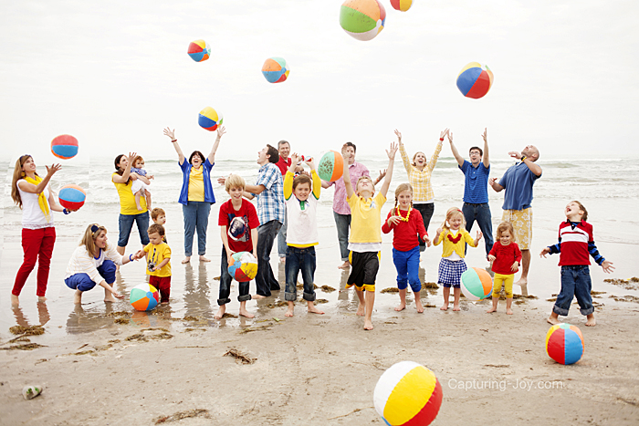 Family pictures with beach balls