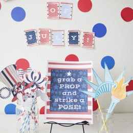 4th of July Photo Booth Props {Free Printable}