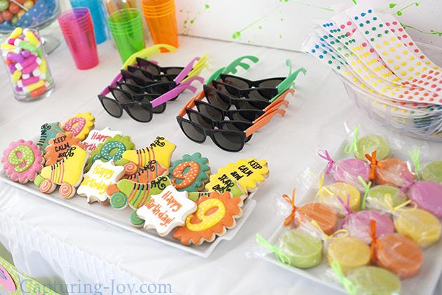 designer custom cookies