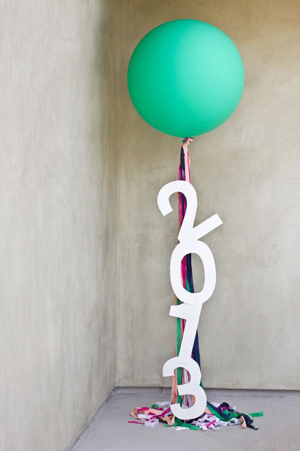 DIY-Giant-Message-Balloons
