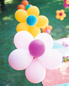 flower birthday party balloons