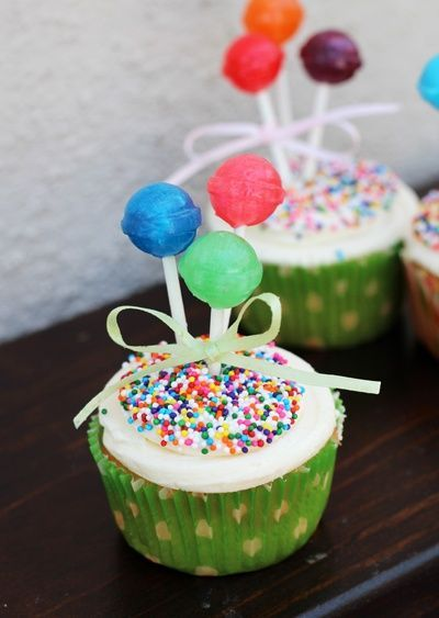 lollypop cupcakes