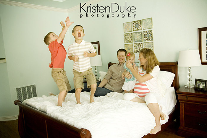 Capturing-Joy.com What to Wear in family pictures BY COLOR! 100+ ideas!