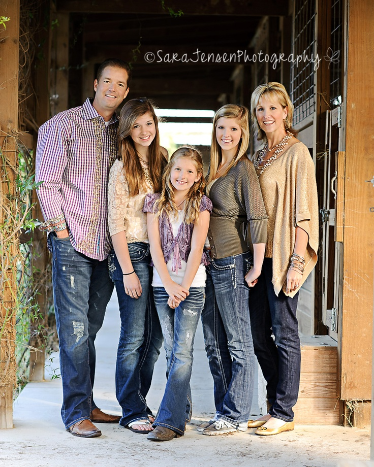 Picture clothes by color series brown capturing joy with for Family of 4 picture ideas