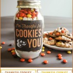 Thanksgiving gift idea with recipe card