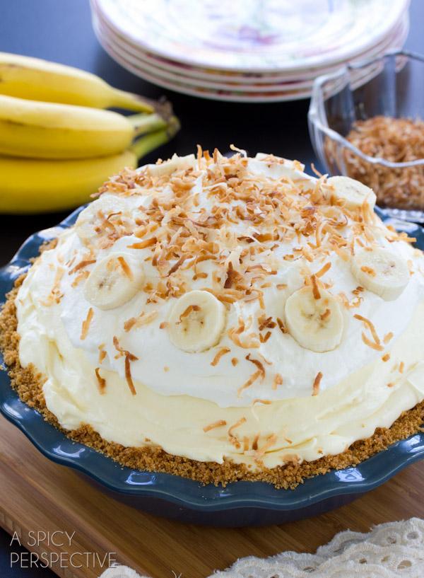 Thanksgiving Dinner Checklist Printable-Banana Cream Pie Recipes| Capturing-Joy.com