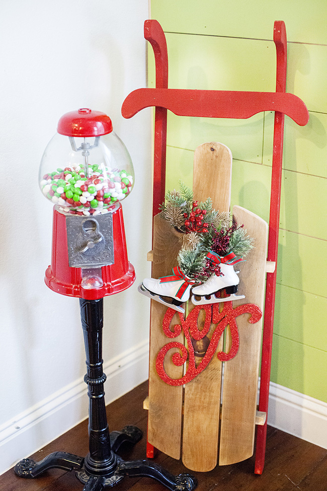 Christmas gumball machine and diy sled