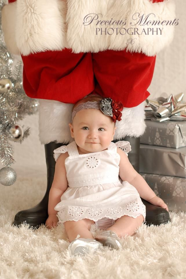 20 Ideas For Christmas Pictures With Babies Baby S First Christmas