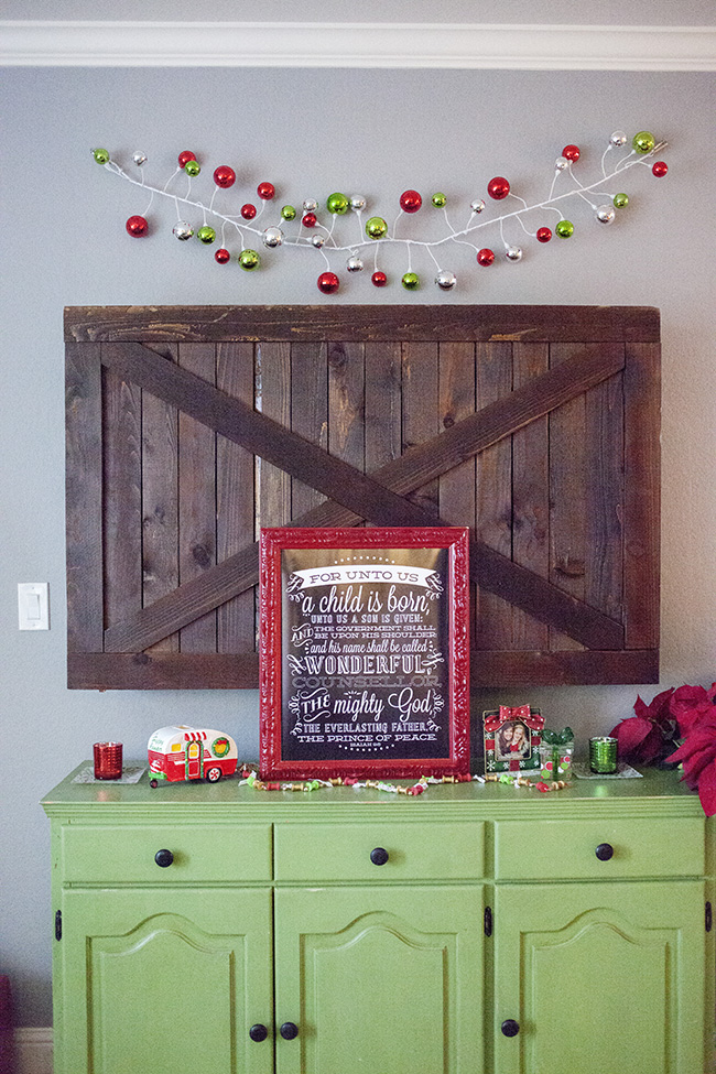 barn door tv cover decoration