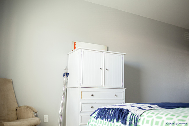 big wall in guest room