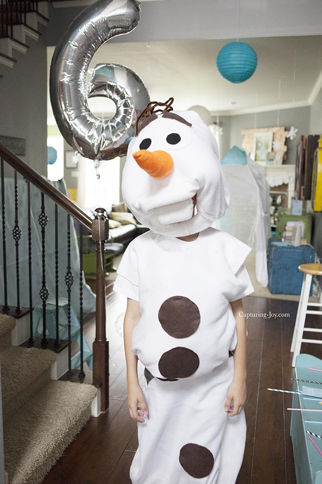 DIY Disney Frozen Olaf costume