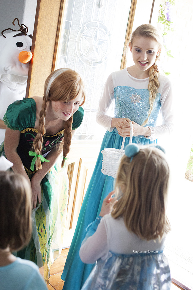 Elsa and Anna visit birthday party