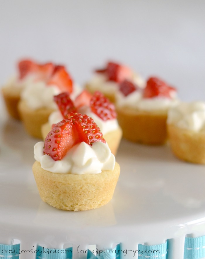 Dessert With Strawberries And Angel Food Cake