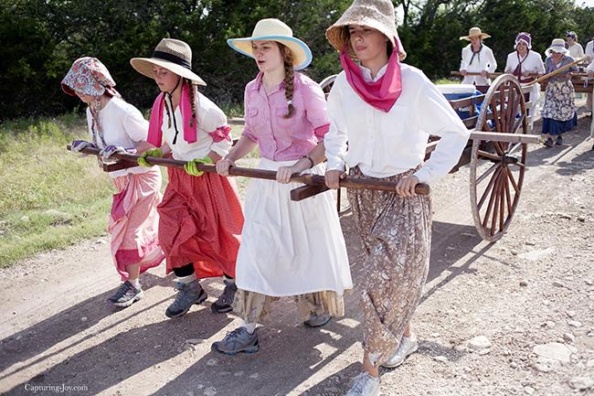 pioneer trek womens pull