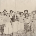 vintage pioneer family pictures from mormon trek