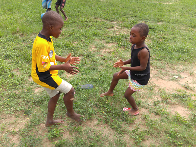 Ghanaian childrens clapping game