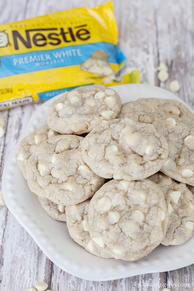 White Chocolate Macadaminia Nut Cookies