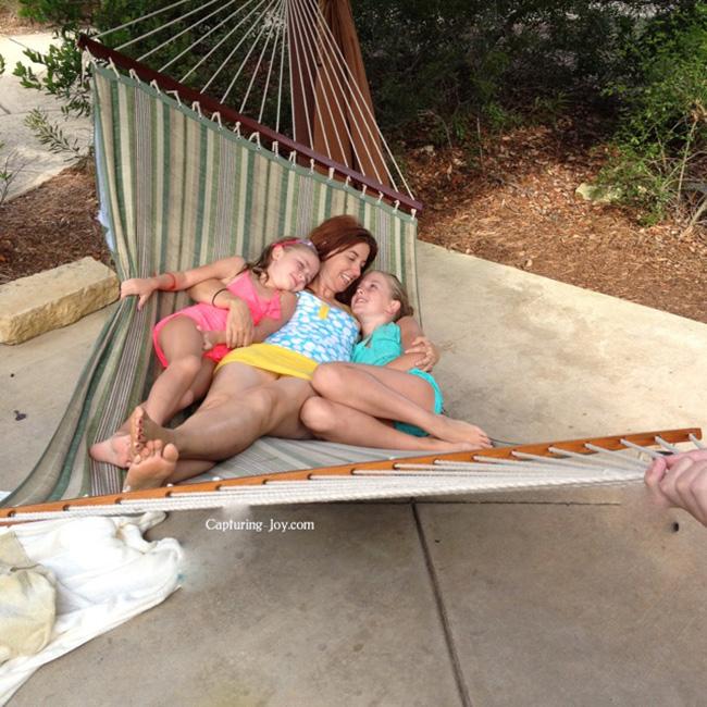 hammock swinging
