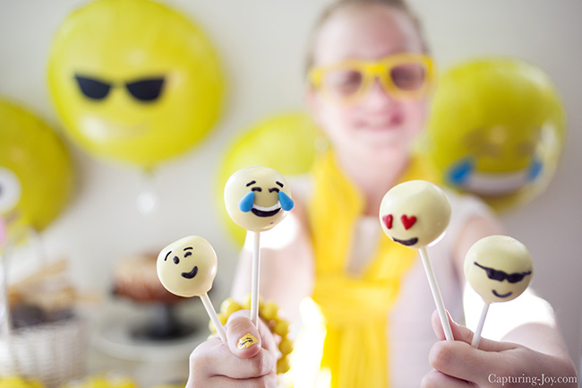 make emoji or emoticon cake pops