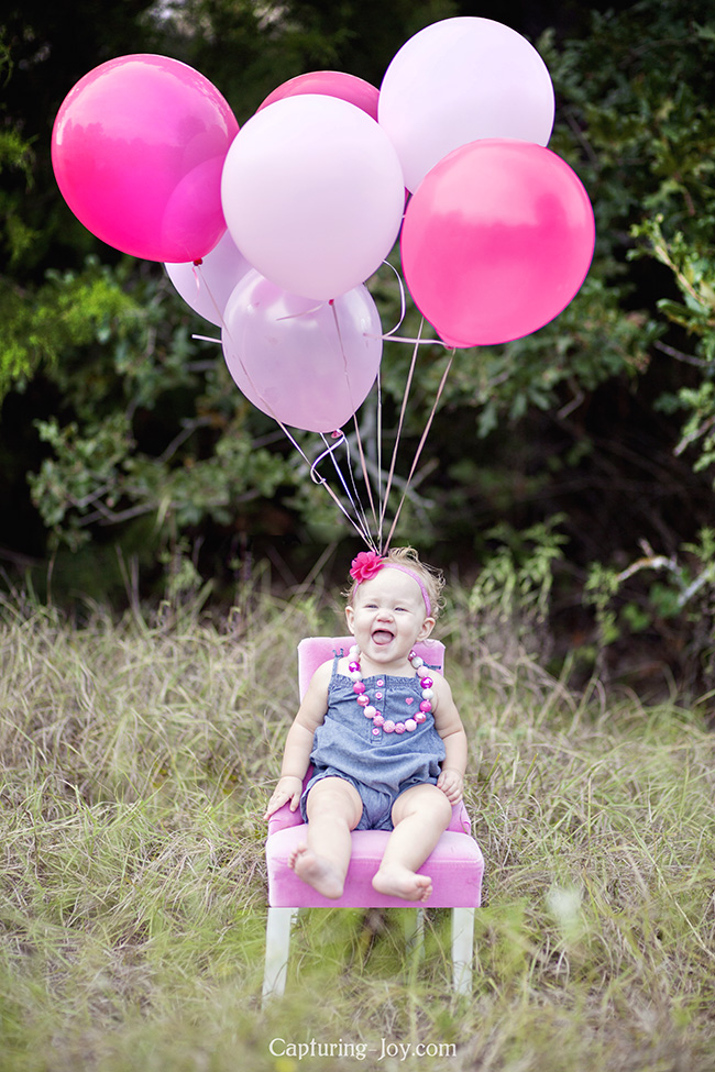 One year baby photography with balloons