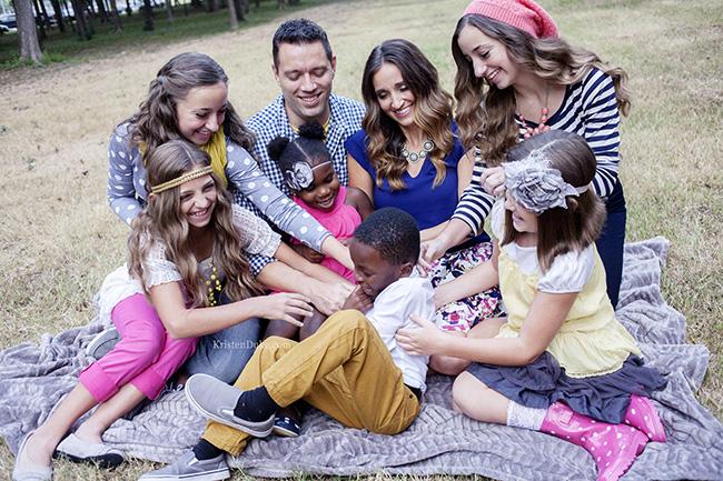 family-tickle-war-KristenDuke