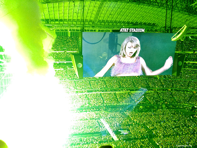 fireworks at the end of Taylor Swift show