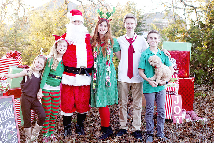 Family pictures with Santa elves and reindeer