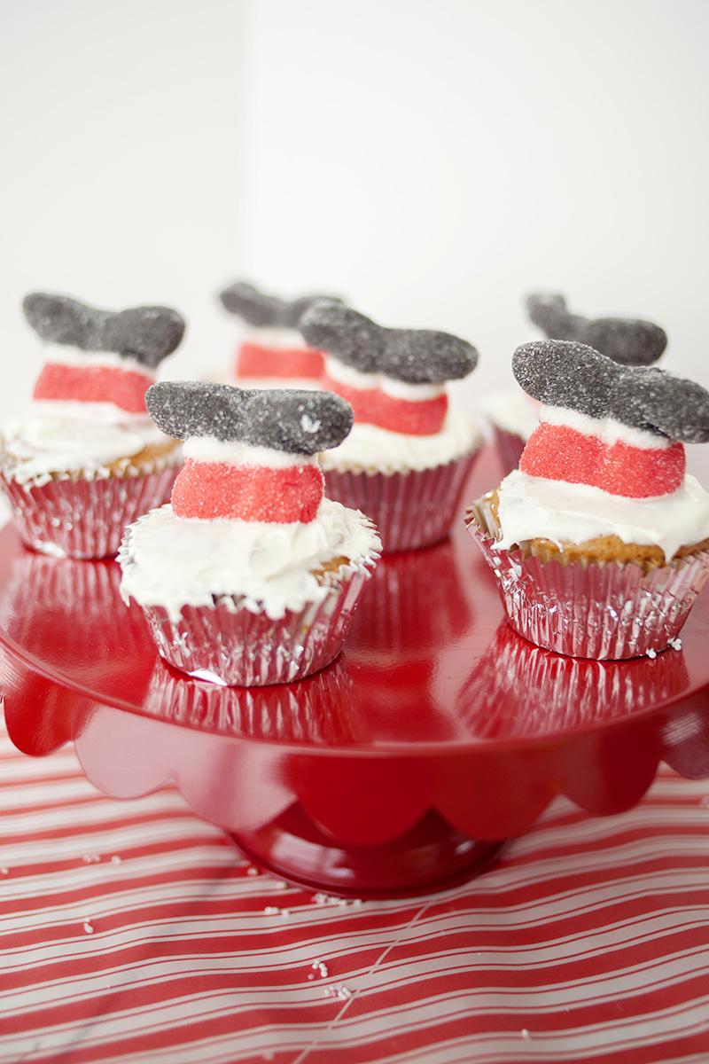 Santa Stuck Cupcakes