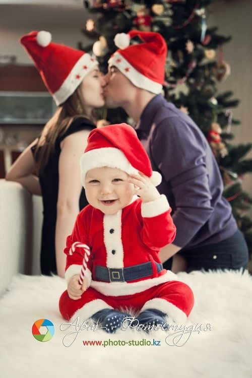 Christmas Photo Ideas for Babies First Christmas