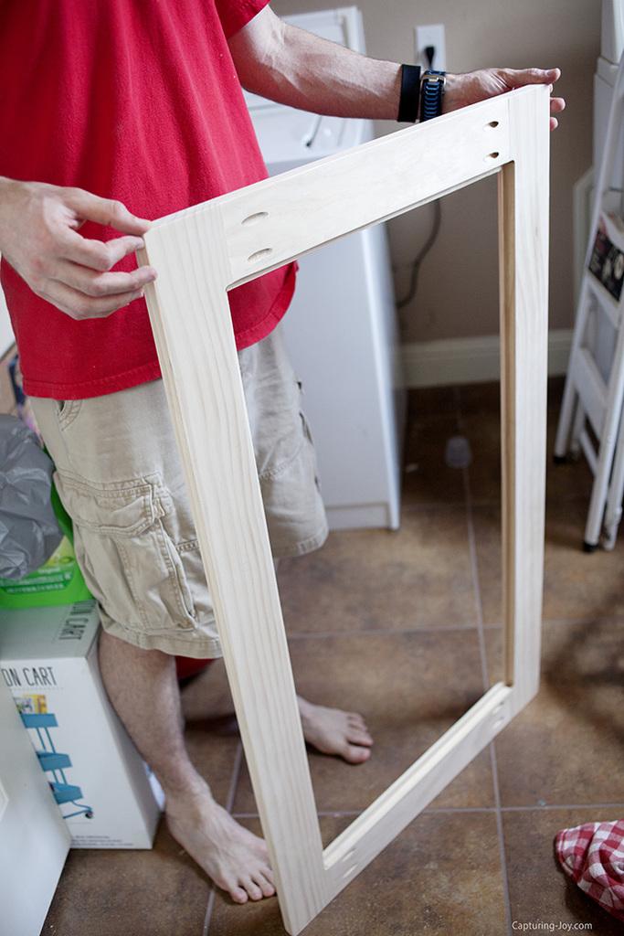 Kreg jig tool to make cabinet door