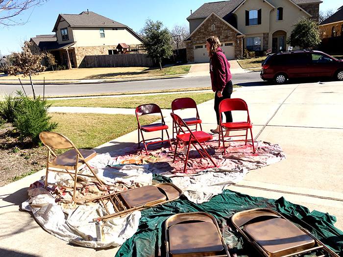 spray paint folding metal chairs
