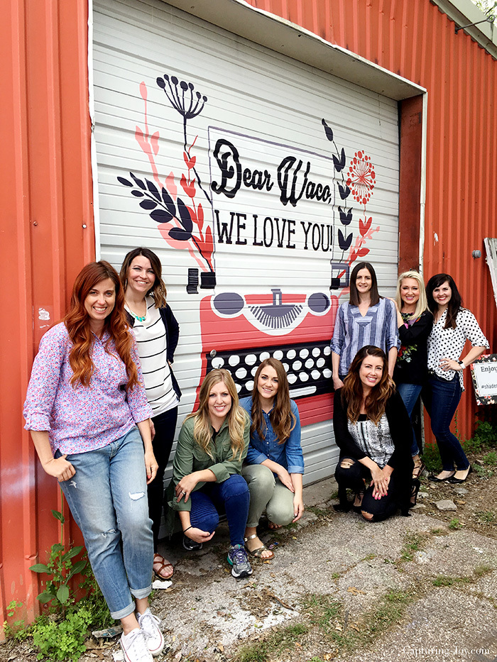 Dear Waco we love you mural