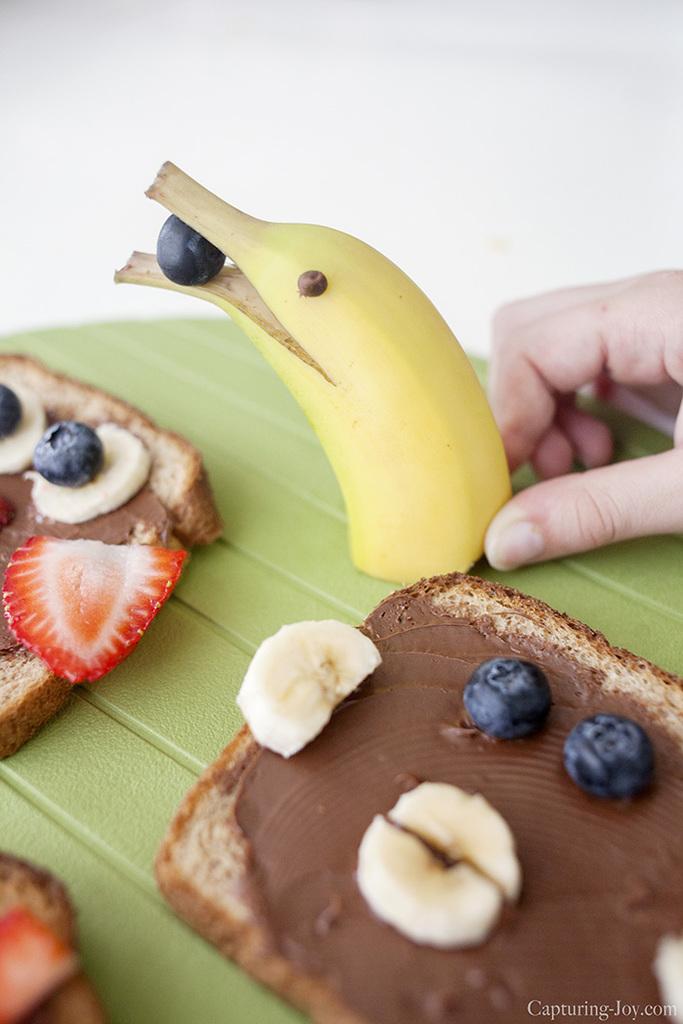 dolphin banana