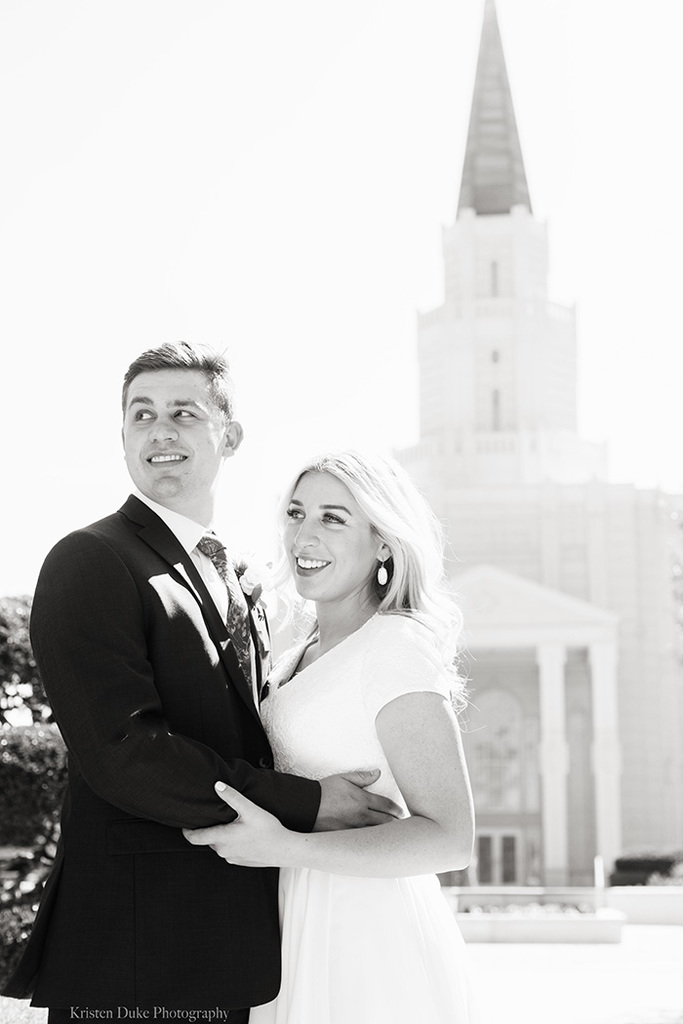black and white wedding photo at Mormon LDS temple