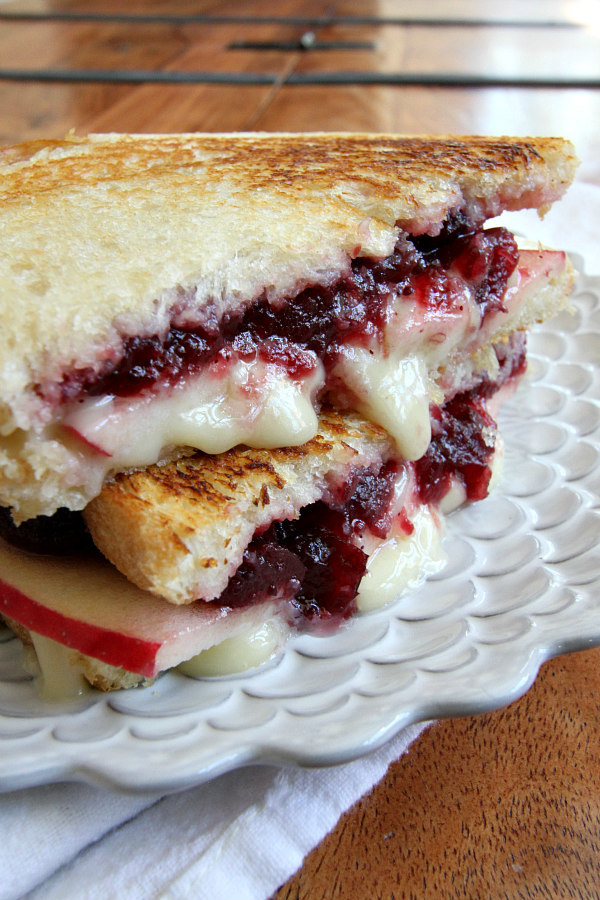 brie-apple-and-cranberry-grilled-cheese-recipe
