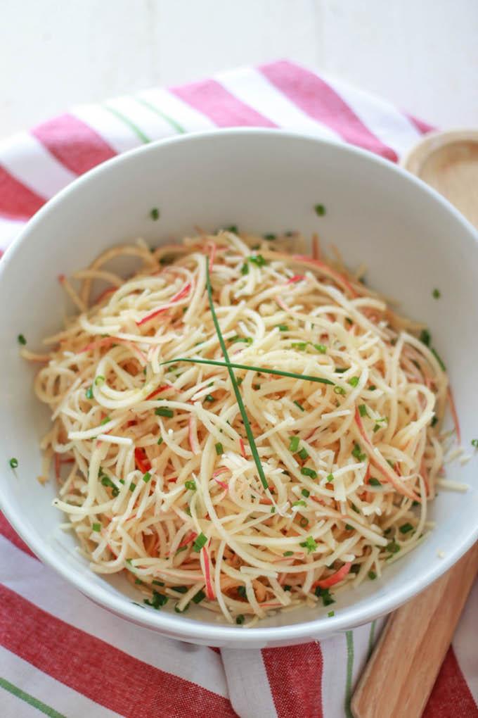 spiralized-apple-and-parmesan-salad-angle