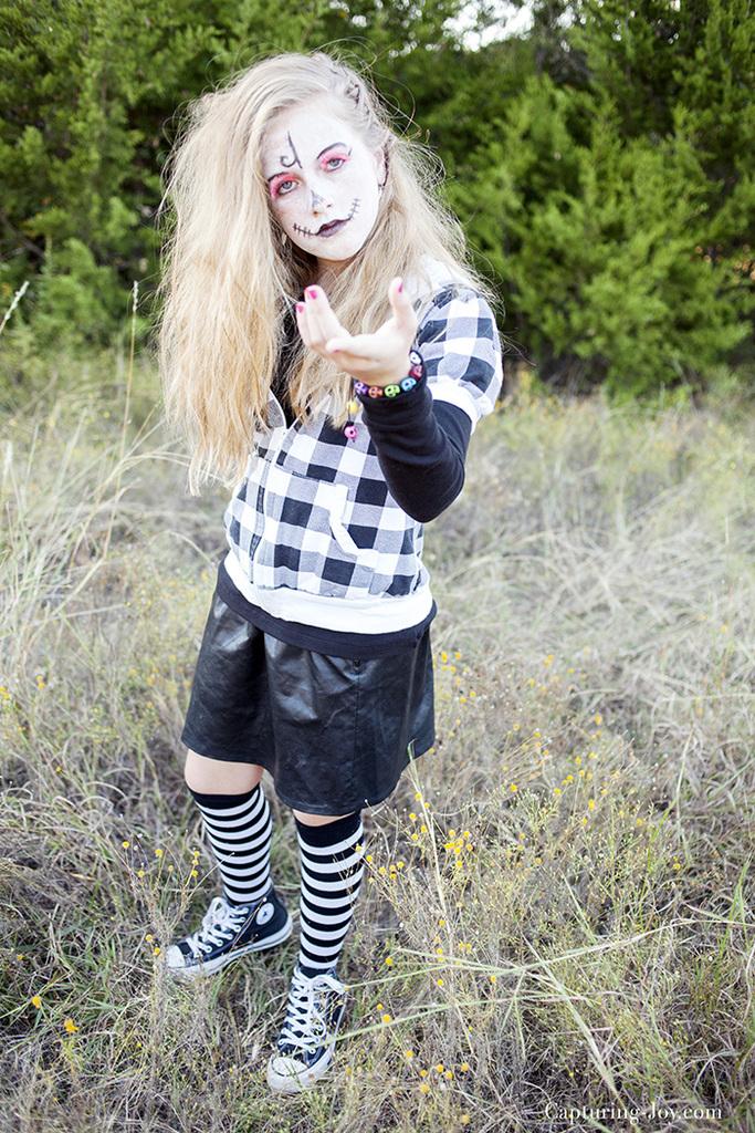 teen-girls-skeleton-halloween-costume