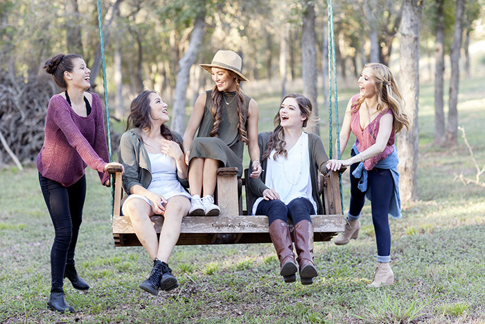 Senior girls glamping portrait session for pictures with photography