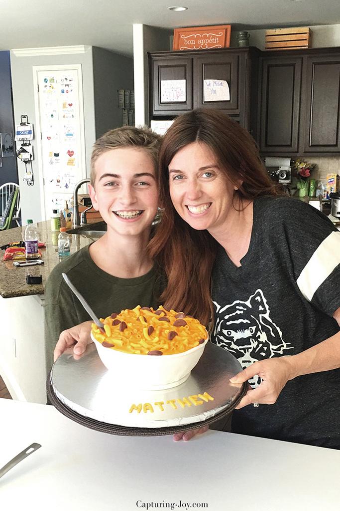 macaroni-and-cheese-birthday-cake