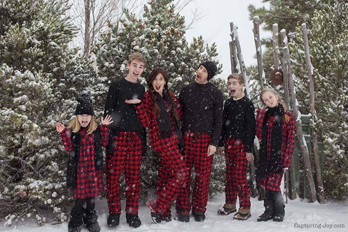 Buffalo Plaid Christmas Jammies Family Pictures
